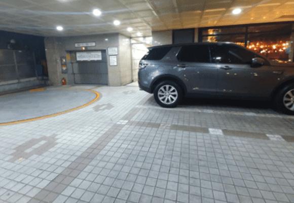 창원 24시마사지 주차장