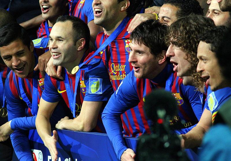 Messi và các đồng đội trong trận chung kết FIFA Club World Cup 2011.