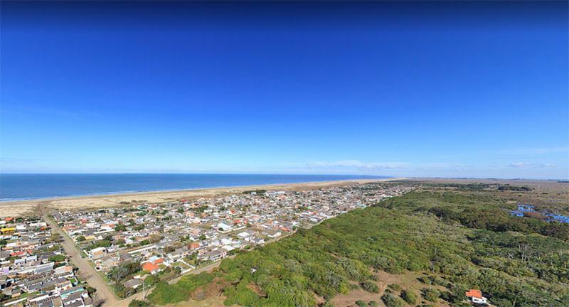 Praia do Cassino ở thị trấn Cassino, Rio Grande do Sul