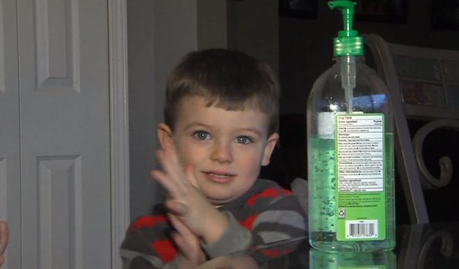 Nước rửa tay khô không an toàn với trẻ trong những trường hợp nào?