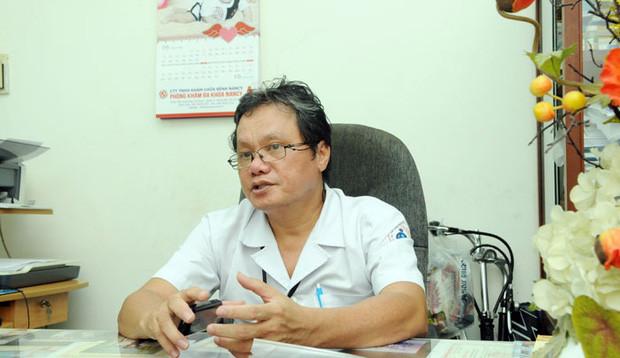 Bác sĩ Trương Hữu Khanh (Trưởng khoa nhiễm - Nội thần kinh, Bệnh viện Nhi đồng 1 TP. HCM).