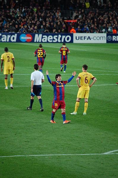 Messi tại vòng 16 đội UEFA Champions League.