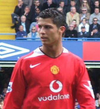 Ronaldo trong màu áo Manchester United.