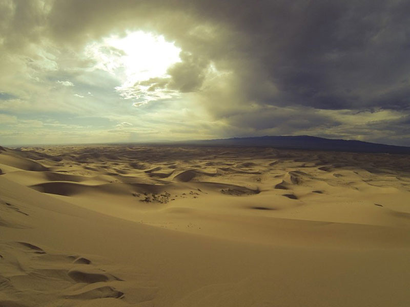 5. Sa mạc Gobi
