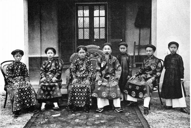 Gia đình một viên quan ở vùng đồng bằng sông Hồng.