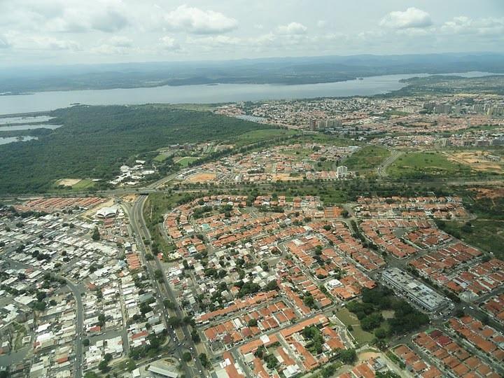 Nhìn từ trên không của quận Puerto Ordaz ở Guayana, Venezuela