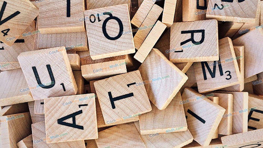 Bảng chữ cái bằng gỗ