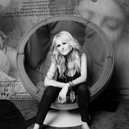 Mindi Abair Sits in the Red Chair 2