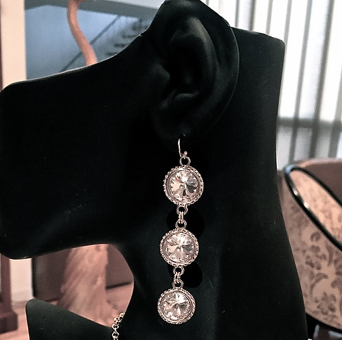 Queen Earrings - Silver