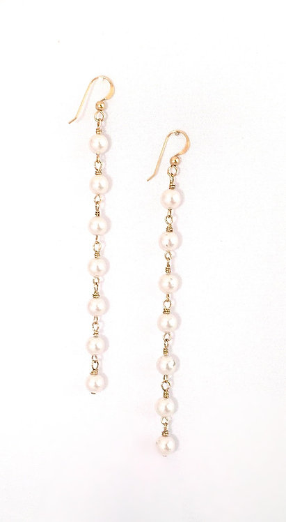 Pearly Vogue Earrings