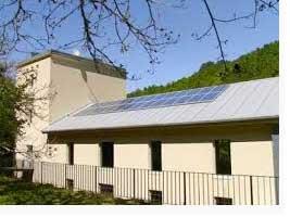 Abastecen el 100 por ciento de su consumo eléctrico mediante paneles solares
