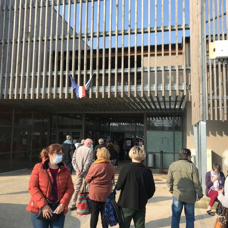 Ouverture du nouveau centre de vaccination des pompiers du Val d'Oise à Jouy-le-Moutier !
