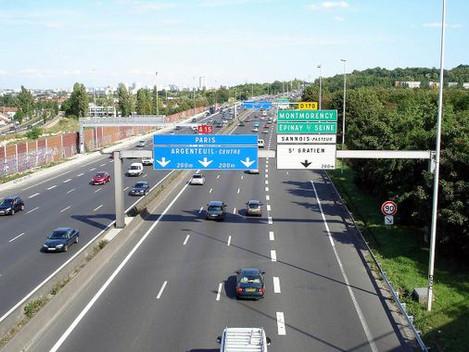 Abandon du projet de suppression d'une voie sur l'A15 !