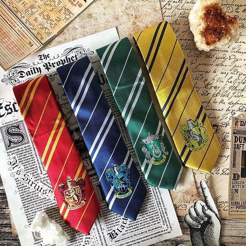 Cobatas Hogwarts Bordadas - Harry Potter