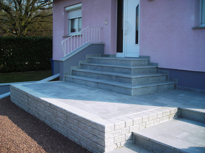 Habillage d'escalier en granit 68
