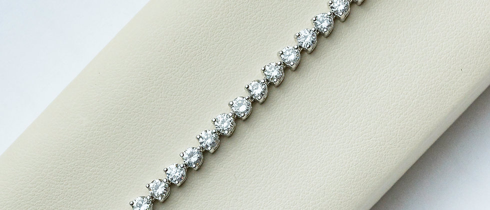 Diamond Tennis Bracelet with Round Diamonds