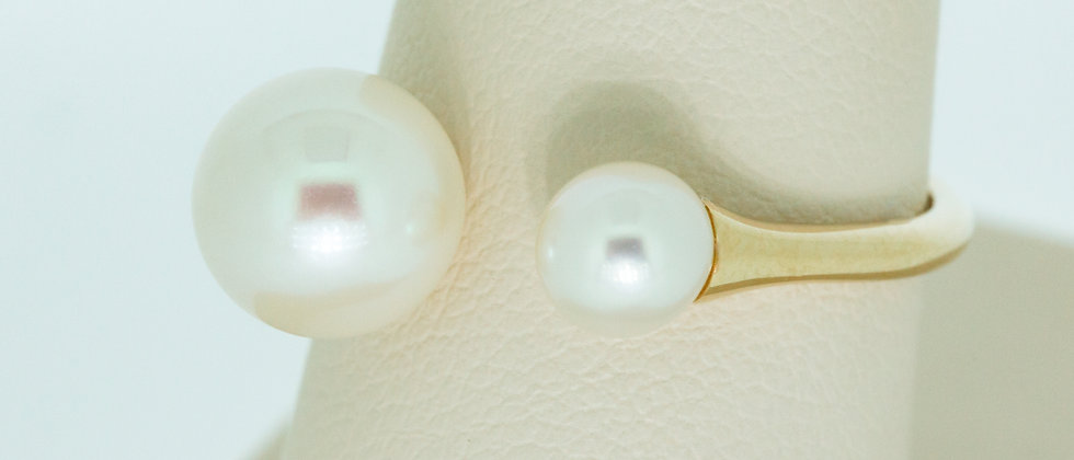 Double Pearl Wire Ring