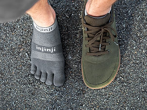 Injinji-Socks_The-Holistic-Ape.jpg