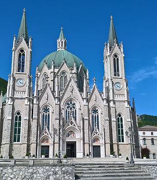 Basilica_minore_dell'Addolorata_(Castelp