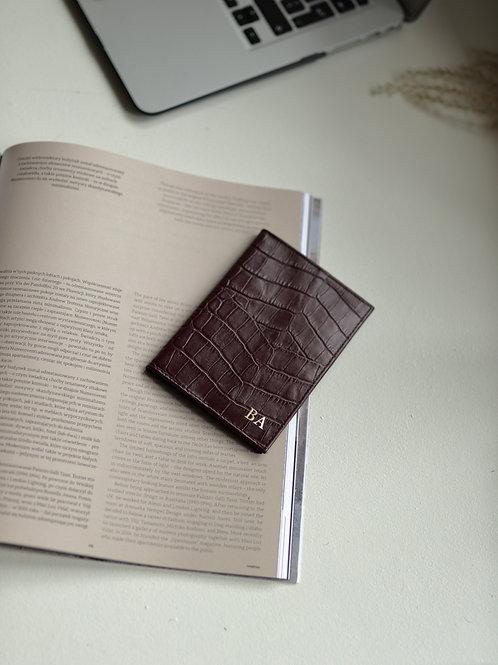 Burgundy Crocodile Passport Etui
