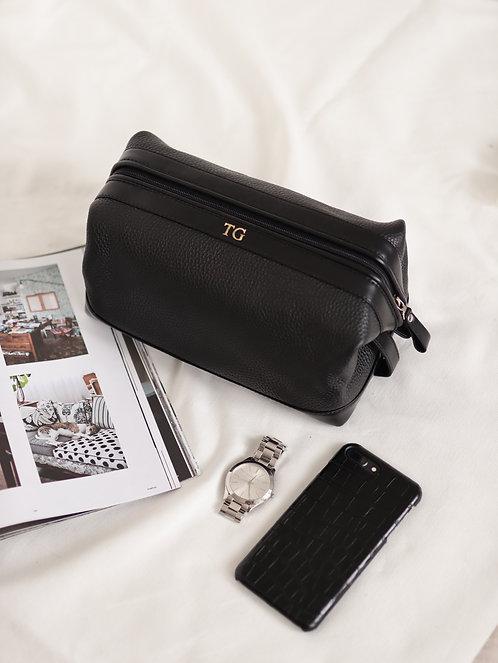Travel Cosmetic Bag / Nesesser