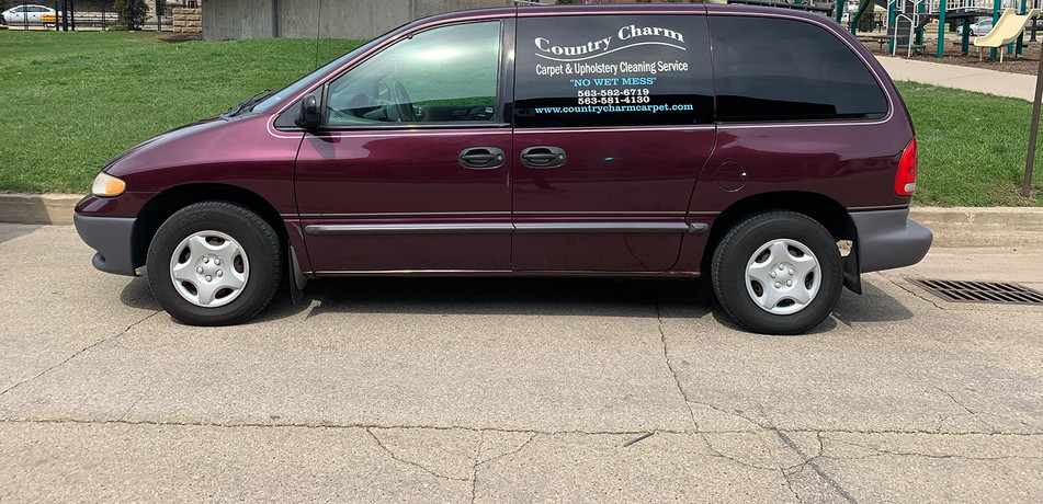 Country Charm Carpet Cleaning Vehicle