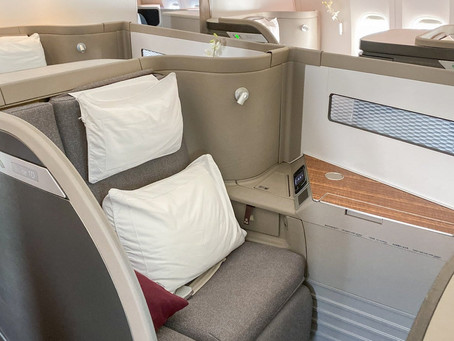 Cathay Pacific adds mask exemption for premium passengers