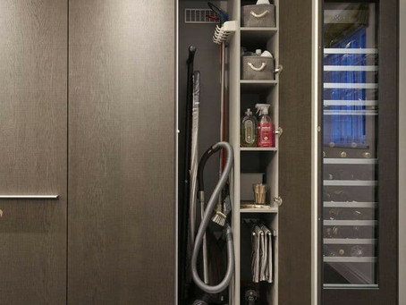 Come arredare una nicchia a muro ad uso dispensa o ripostiglio?
