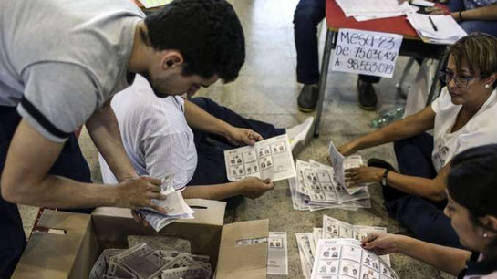 HISTÓRICO: Gustavo Petro candidato de izquierda llega a segunda vuelta