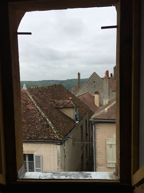 REVERS Atelier d'architecture I Rénovation et restructuration d'une maison de ville / 2 caves, 1 boutique, 2 logements I Vezelay I photos REVERS 12