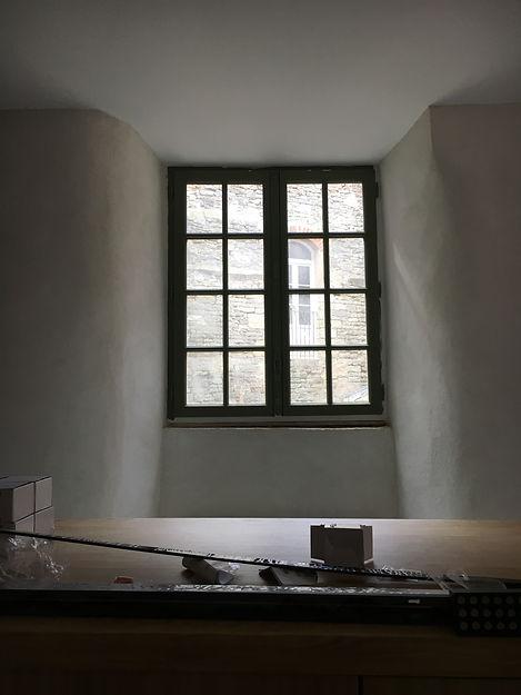 REVERS Atelier d'architecture I Rénovation et restructuration d'une maison de ville / 2 caves, 1 boutique, 2 logements I Vezelay I photos REVERS 02