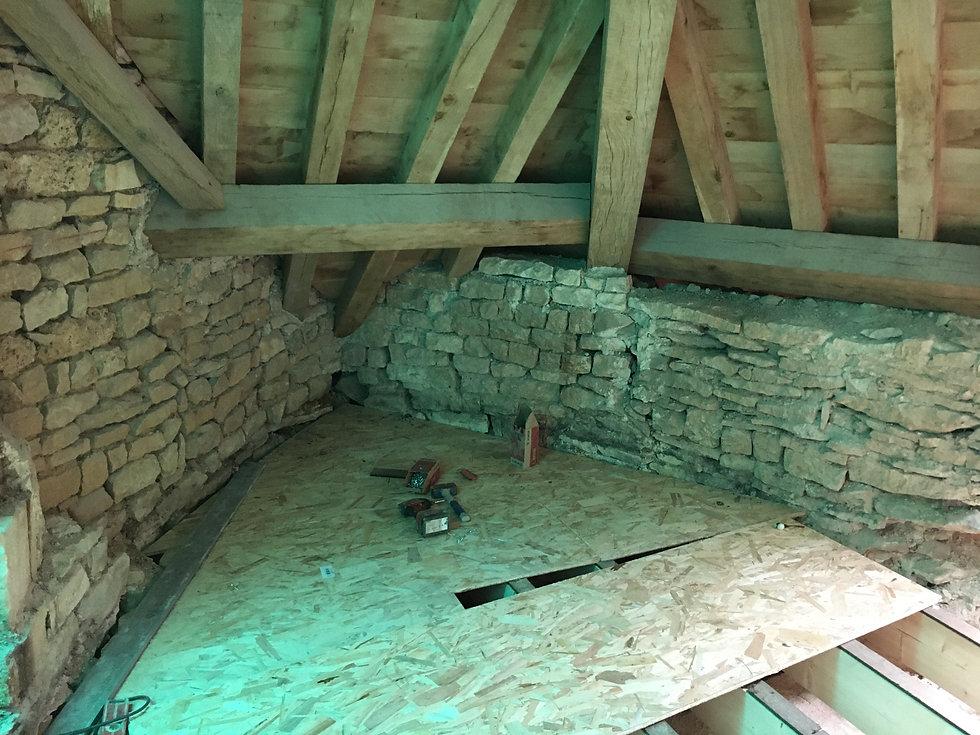 REVERS Atelier d'architecture I Rénovation et restructuration d'une maison de ville / 2 caves, 1 boutique, 2 logements I Vezelay I photos REVERS 07