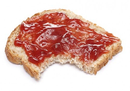 bread-with-jam-nb3408