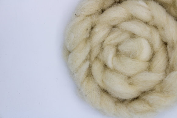 White Finnsheep Roving - sold by the ounce
