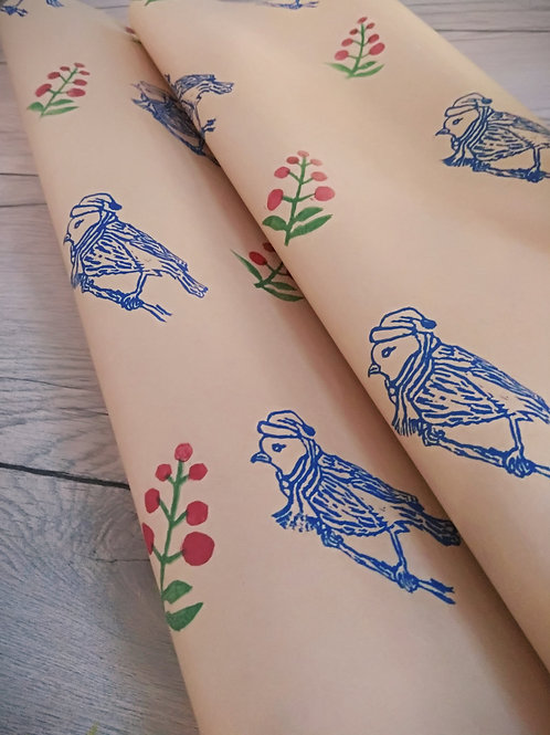Robin gift wrapping paper