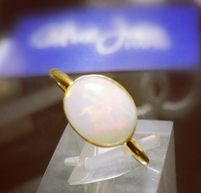 Bague opale sur vermeil