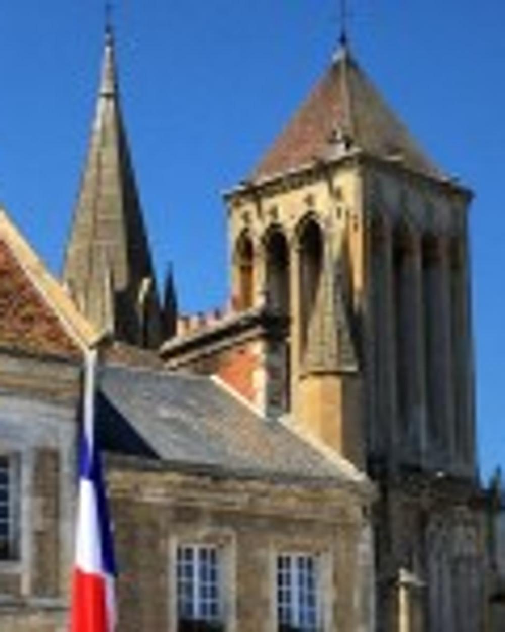 Saint Pierre sur Dives - Mairie et Abbaye