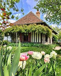 La Blanchetière au printemps, gîte de charme Normandie Calvados.