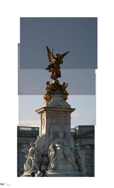 london #41 - buckingham palace.jpg