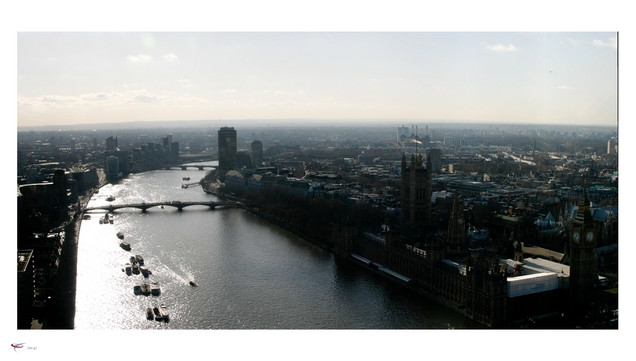 london #20 - river thames & houses of pa
