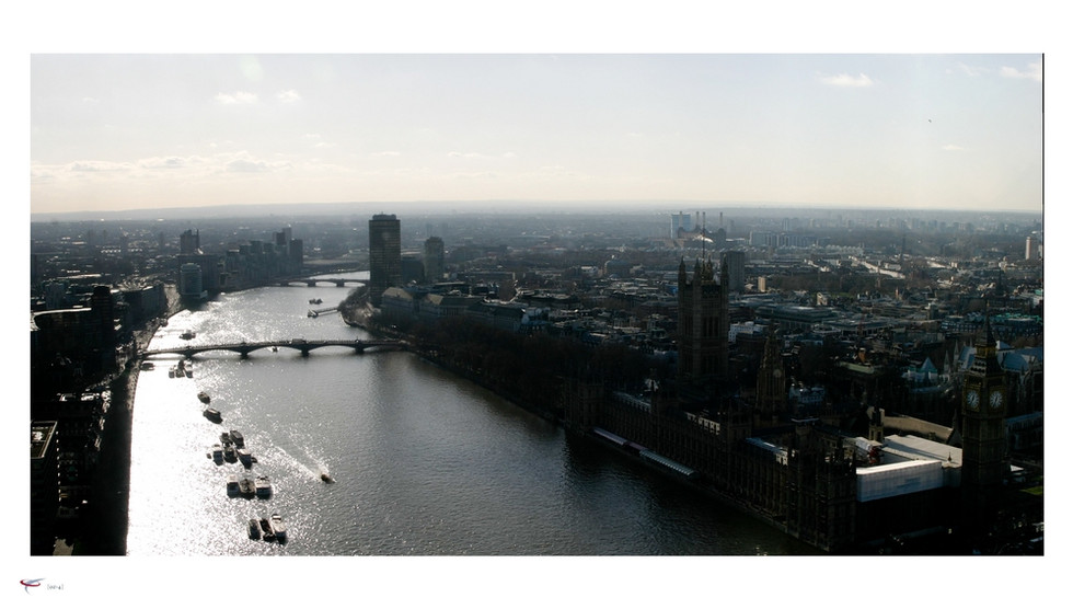 london #20 - river thames & houses of pa