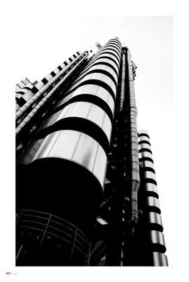 london #54 - lloyds building.jpg