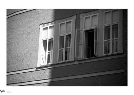 salzburg #15 - fenster zum hof.jpg