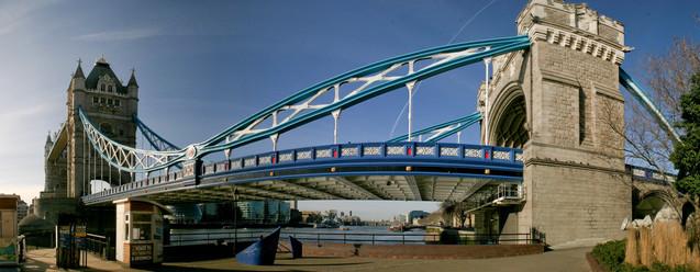 london #85 - tower bridge.jpg