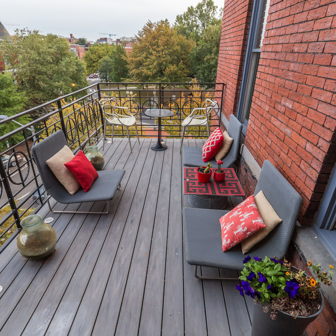 Private rooftop: 1500 Vermont Ave NW