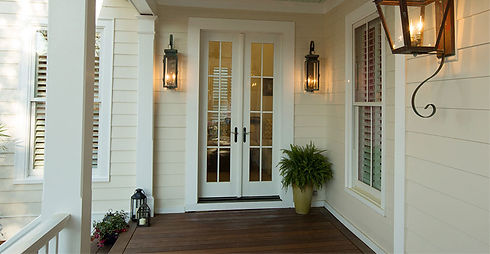 Front-Porch-Closeup-Of-Smooth-James-Hard