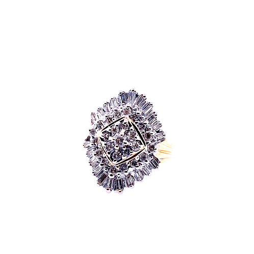 Estate 14kt Yellow Gold Round And Baguette Diamond Cluster Ring