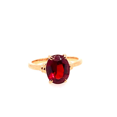 Estate 14kt Yellow Gold Oval Garnet Ring