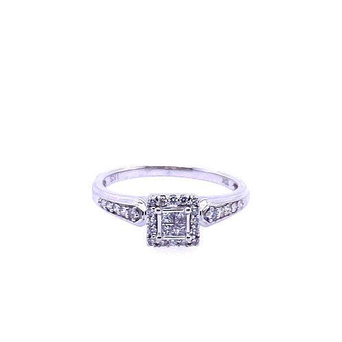 Estate 10kt White Gold Diamond Cluster Ring