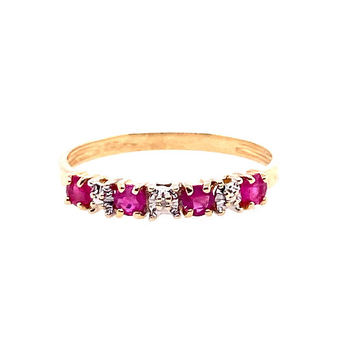 Estate 10kt Yellow Gold Ruby And Clear Stones Band